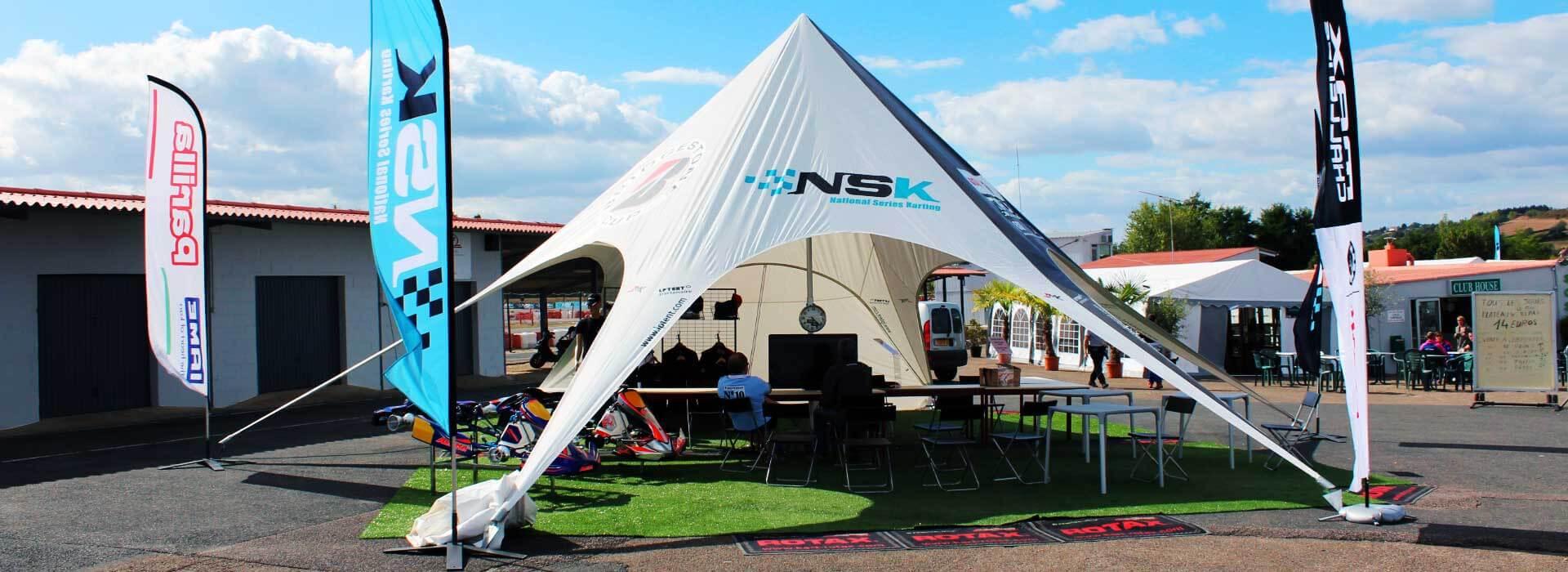 Tente étoile NSK Racing