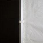 Fixation des murs avec lanière Velcro