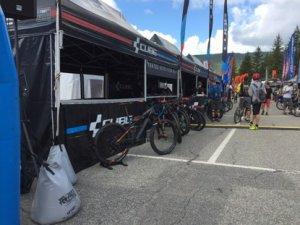 Stand publicitaire pour la marque Cube bikes VTT