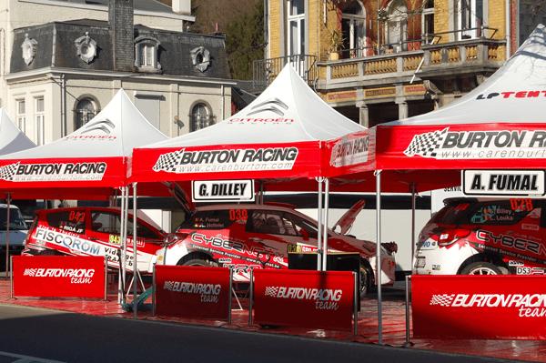 Tente paddock hexagonale pour Burton Racing Rallye
