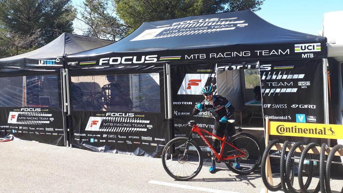 Tente paddock pliante FOCUS MTB Racing Team