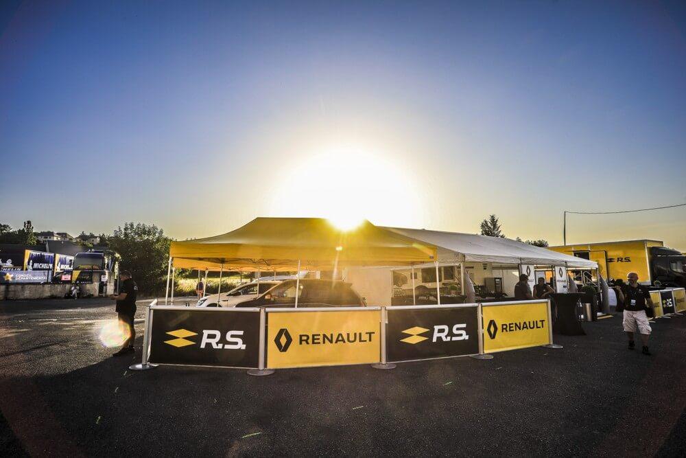 Tente pliante paddock de rallye Renault Sport