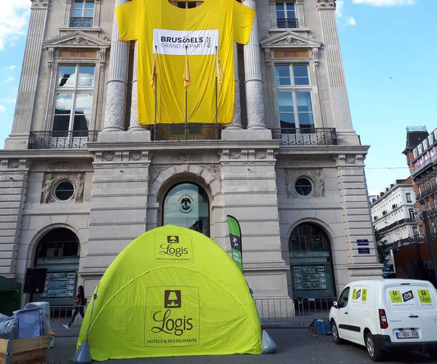 Tente gonflable AirMonster 4x4m pour Logis de France