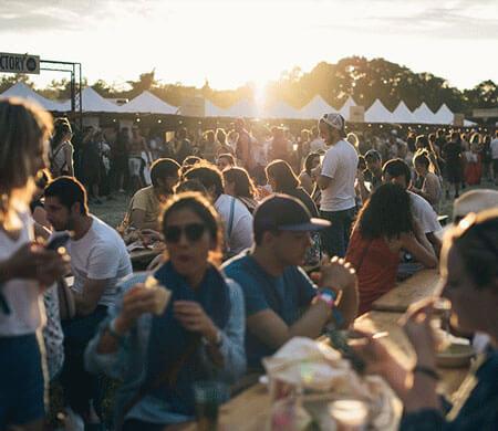 Tente événementielle sur festival
