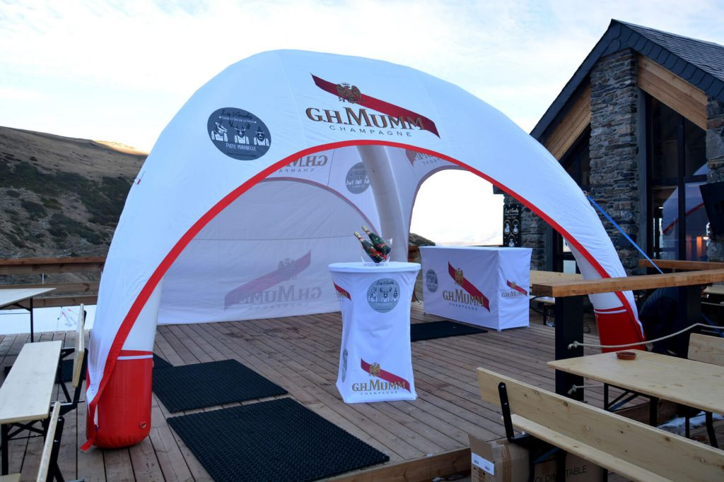 airtent 5x5m gonflable champagne mumm
