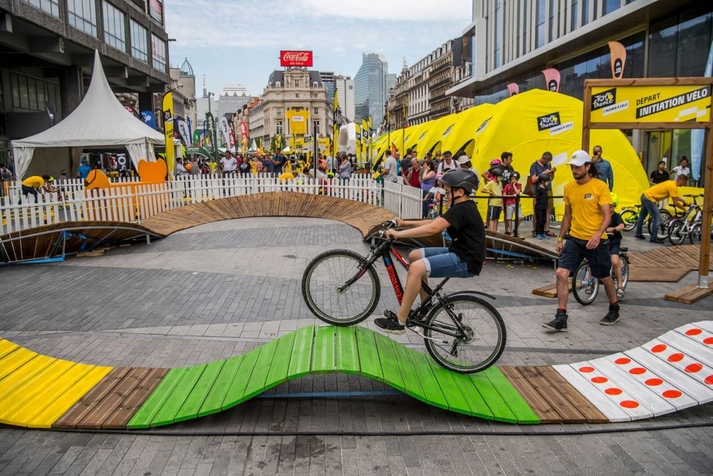 Stand gonflable événementiel Tour de France velo