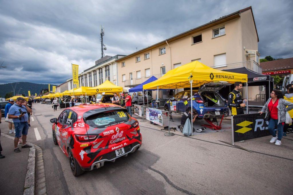 Paddock rallye Renault, tente pliante 3x6m