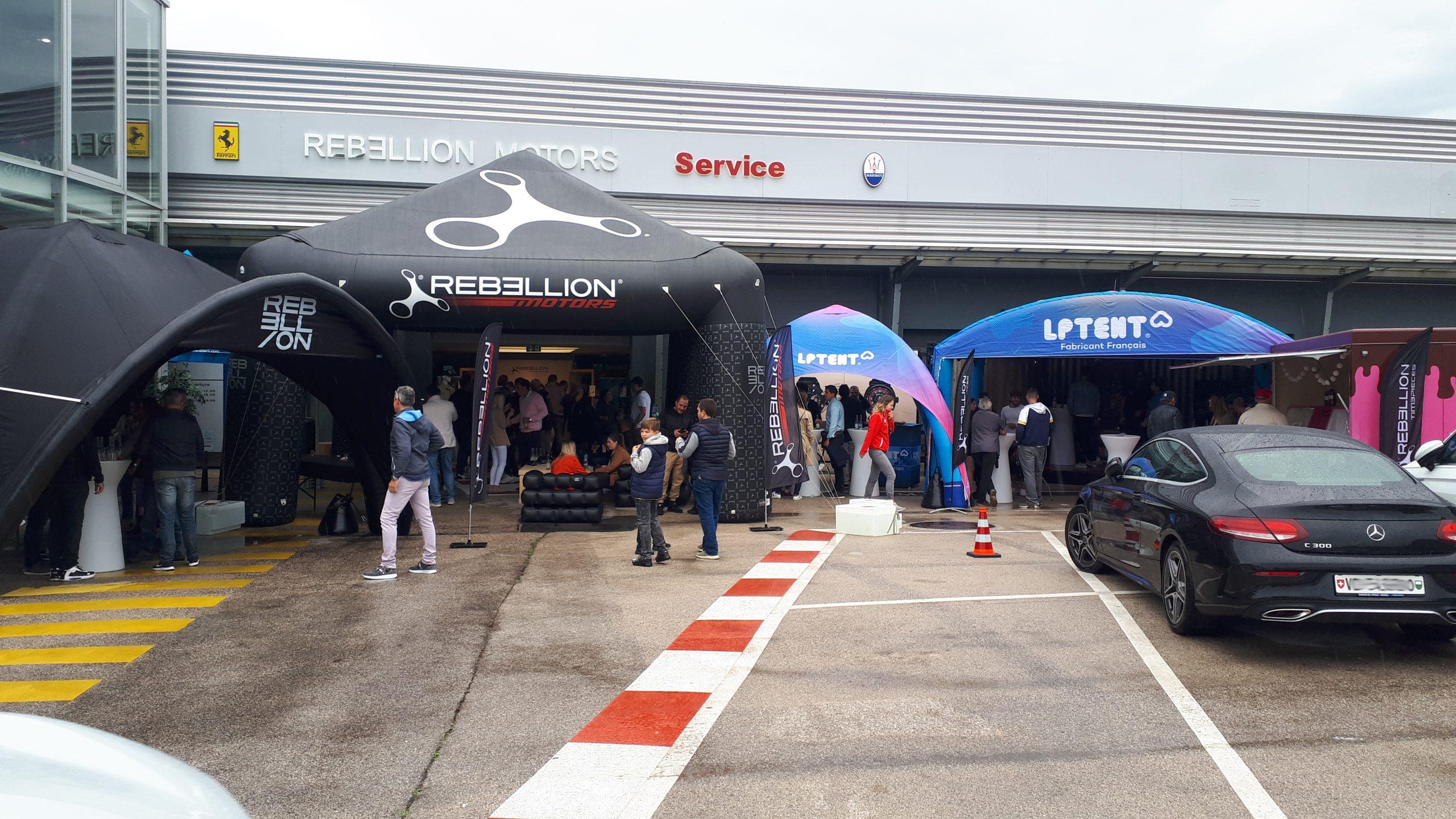 Stand événementiel gonflable concession automobile Rebellion