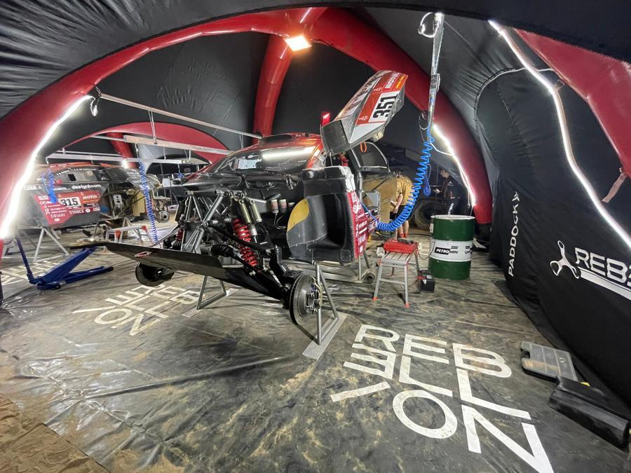 Paddocks rallye gonflable Rebellion Racing Buggy Dakar 2021
