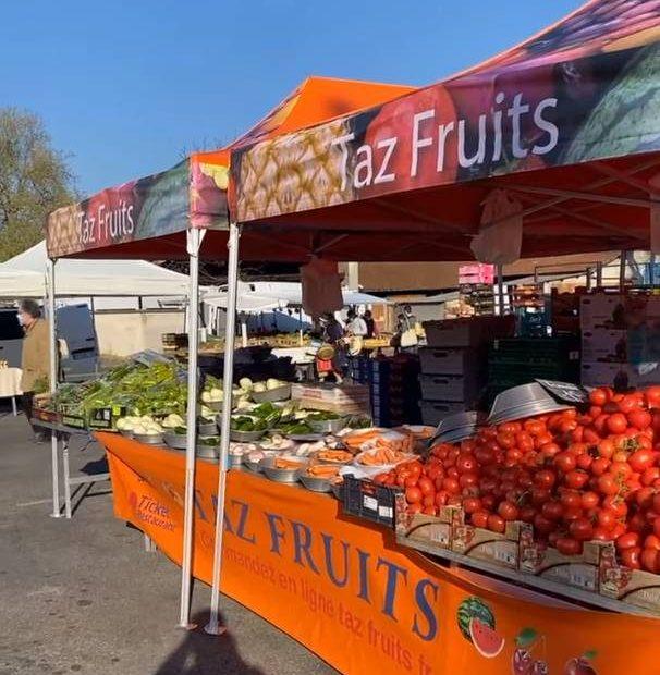 Tente primeur de marché taz fruits
