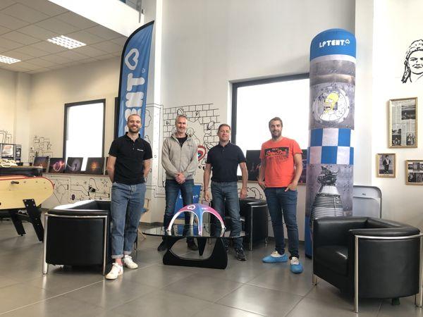 Signature du partenariat LPTENT Fournisseur officiel Vélo en Grand