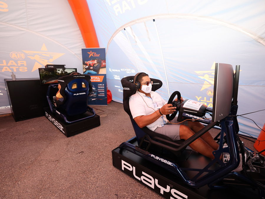 Driving Rally simulator under inflatable tent LPTENT