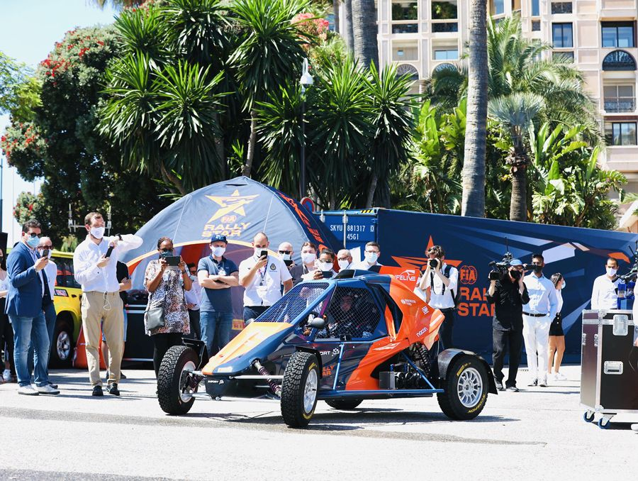 Rally Star event with inflatable tent LPTENT